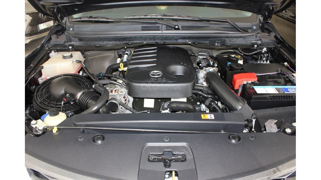 Bán Mazda BT 50 3.2 AT 2015, màu đen, xe nhập, trả trước chỉ từ 162 triệu (15)