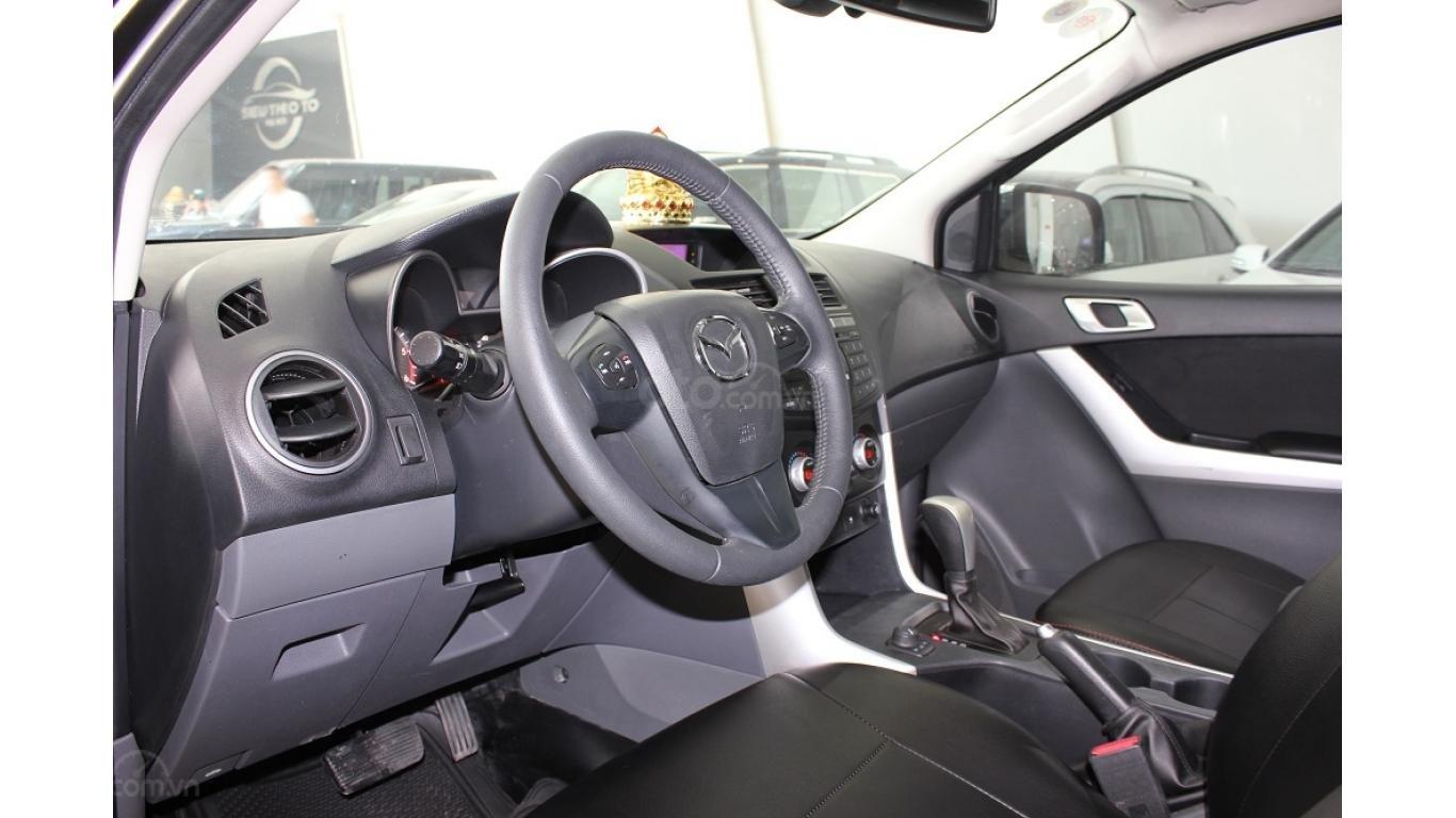 Bán Mazda BT 50 3.2 AT 2015, màu đen, xe nhập, trả trước chỉ từ 162 triệu (10)