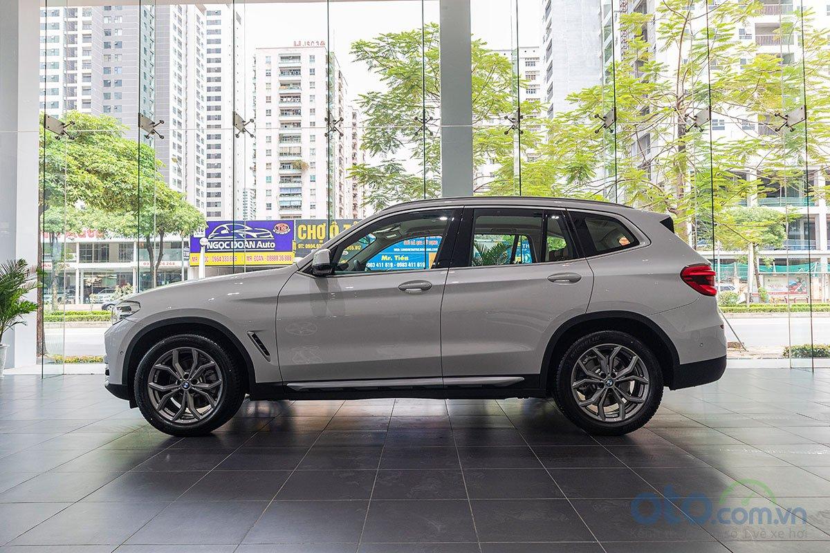 Đánh giá xe BMW X3 2019: Thân xe tạo cảm giác vững chắc.