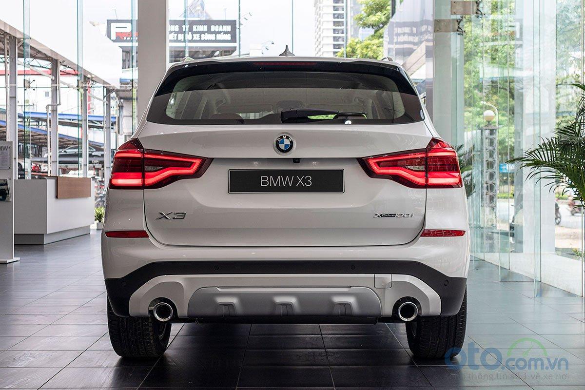Đánh giá xe BMW X3 2019: Đuôi xe ấn tượng bằng bộ đèn hậu LED dạng 3D .