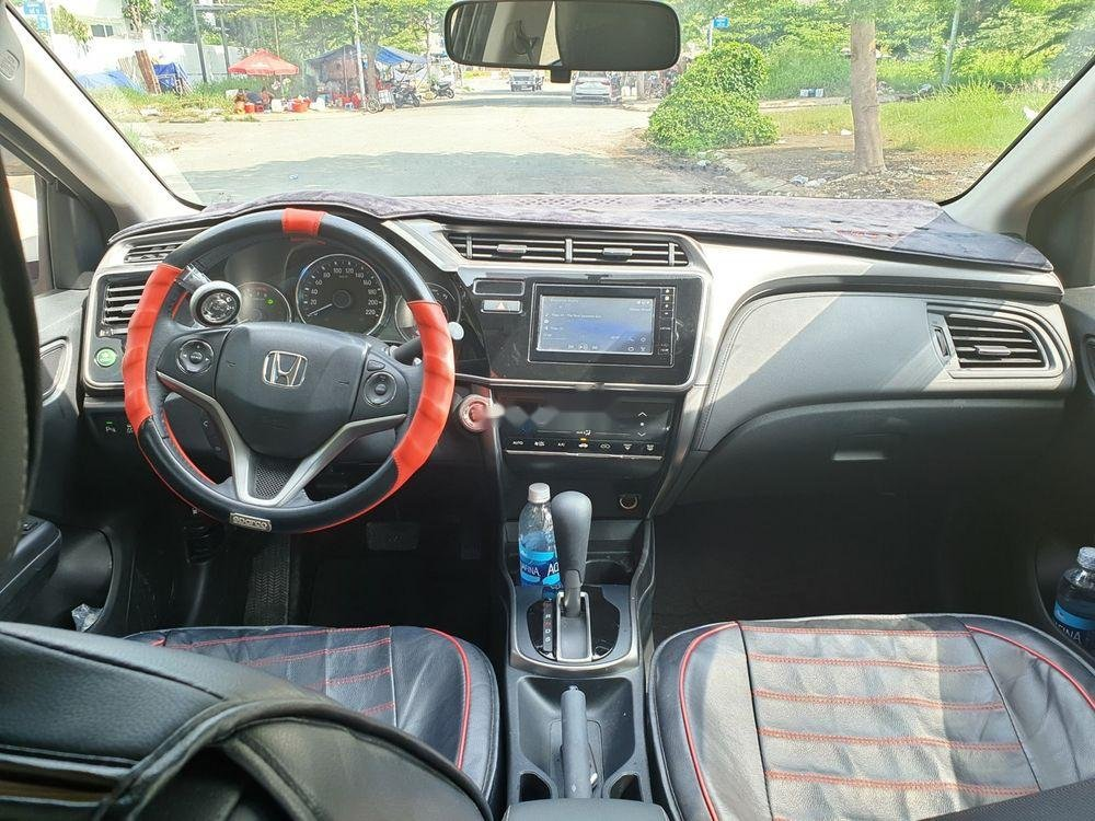 Cần bán Honda City 2018, màu trắng, xe còn mới-3