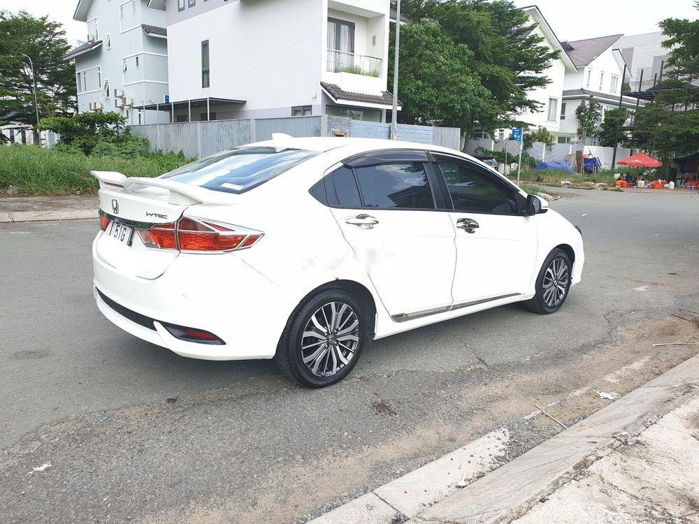 Cần bán Honda City 2018, màu trắng, xe còn mới-1