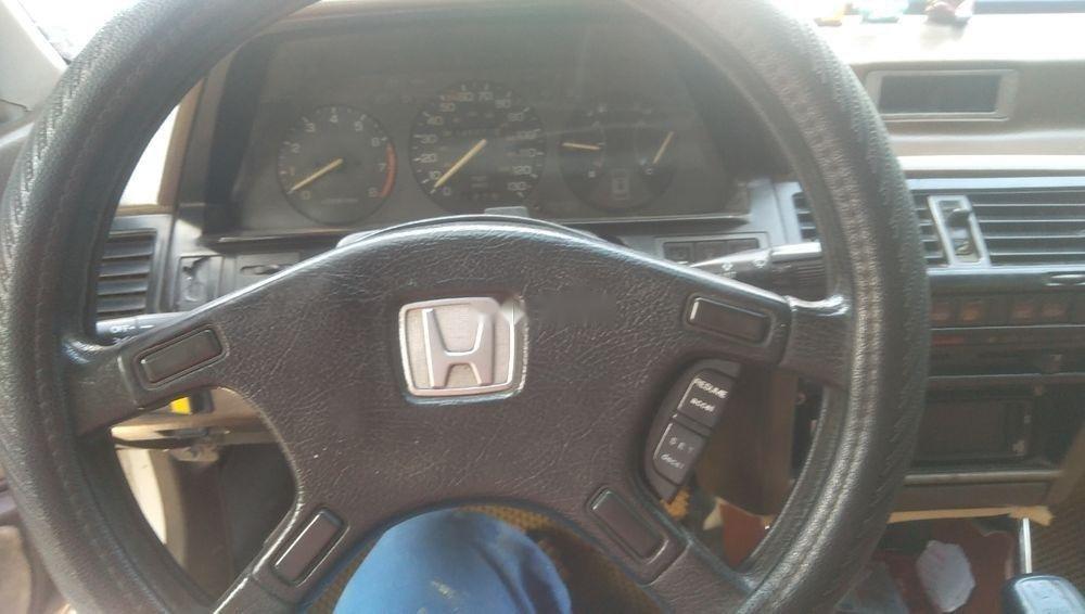 Cần bán xe Honda Accord sản xuất 1989, màu trắng-3
