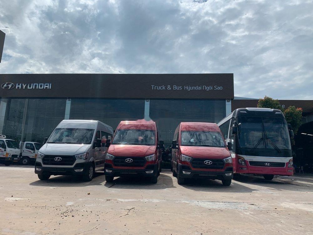Bán Hyundai Solati 2019, nhập khẩu, có sẵn, giao ngay đủ màu-4