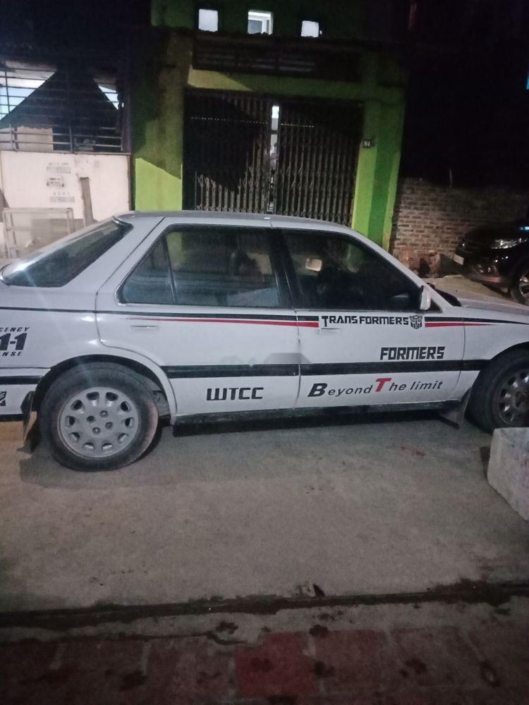 Cần bán xe Honda Accord sản xuất 1989, màu trắng-1