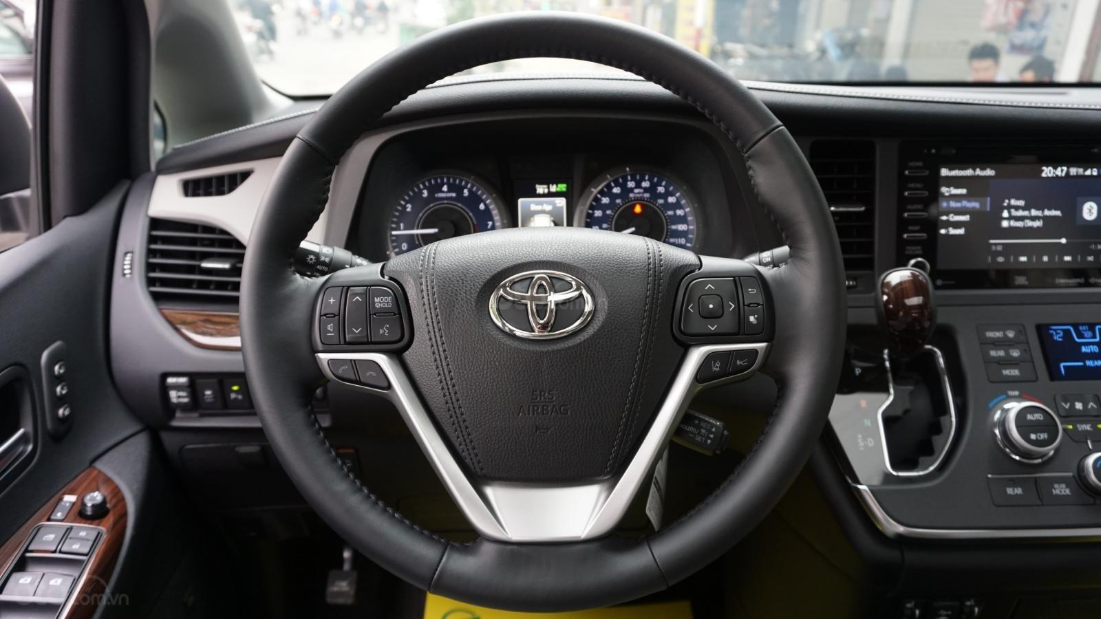 Bán Toyota Sienna Limited 1 cầu 2020 giao ngay, giá tốt nhất, LH 094.539.2468 Ms Hương (9)