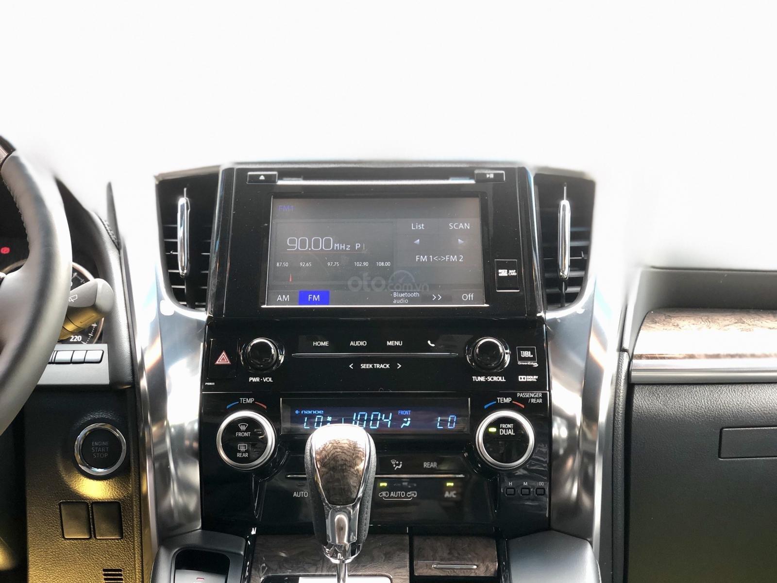 Giao ngay Toyota Alphard Excutive Lounge 2019, xe mới có sẵn ở showroom, LH Ms. Hương 094.539.2468 (14)