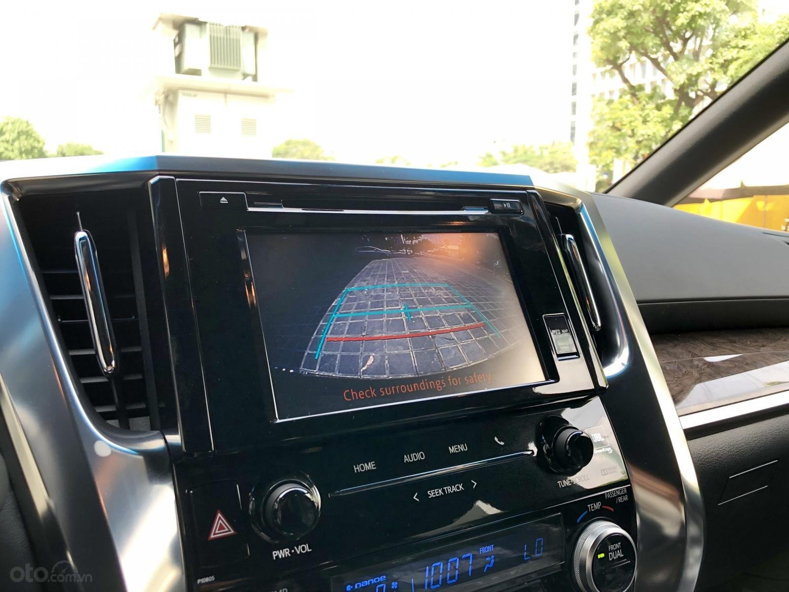 Giao ngay Toyota Alphard Excutive Lounge 2019, xe mới có sẵn ở showroom, LH Ms. Hương 094.539.2468 (23)