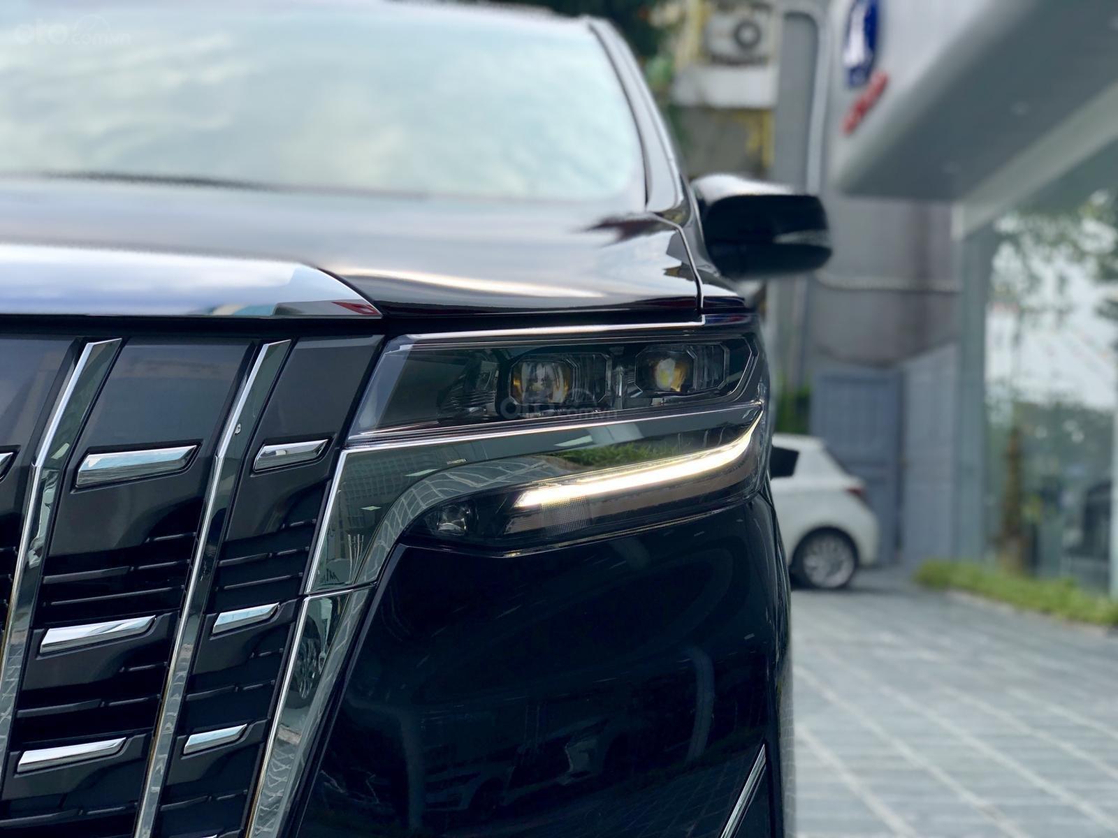 Giao ngay Toyota Alphard Excutive Lounge 2019, xe mới có sẵn ở showroom, LH Ms. Hương 094.539.2468 (9)