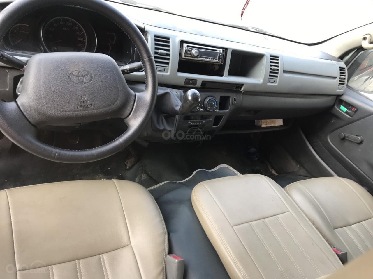 Bán xe Toyota Hiace 2.5 đời 2007, màu bạc (5)