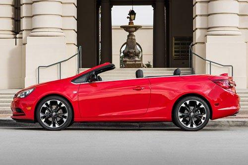 Top 10 ô tô mui trần rẻ nhất 2019: Buick Cascada 2019.