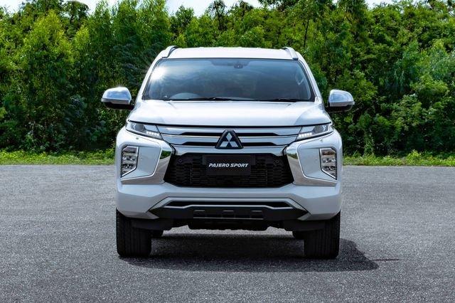Mitsubishi Pajero Sport 2020 chốt giá 980 triệu tại Thái Lan