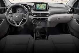 Bán Hyundai Tucson năm sản xuất 2019, màu nâu, xe nhập-1