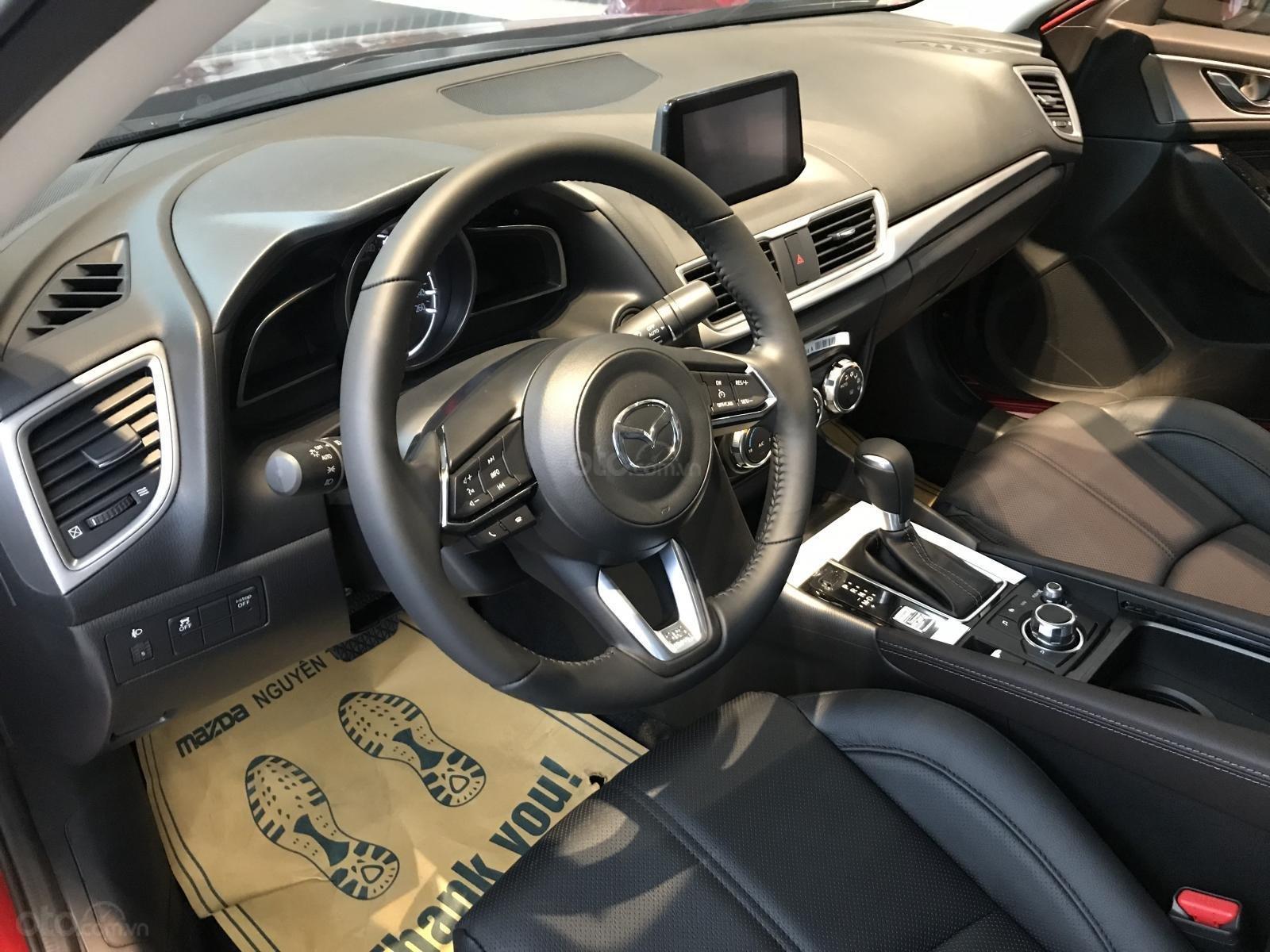 Siêu khuyến mại Mazda 3 2019, quà tặng lên đến 70 triệu, cho vay trả góp 100%, có xe giao ngay - LH: 0902814222-5