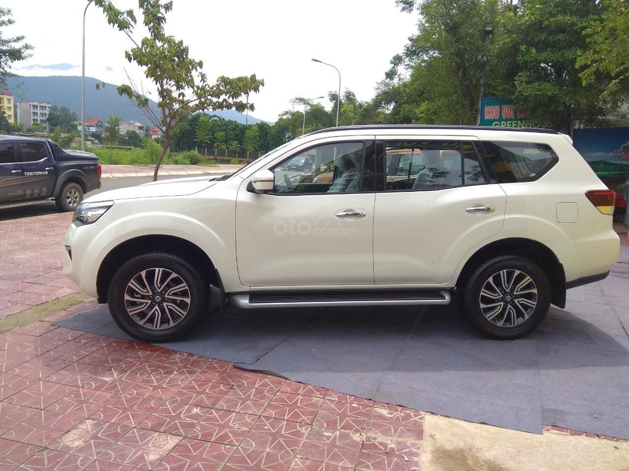 Bán ô tô Nissan Terra E 2018, màu trắng, nhập khẩu, mới 100%, giá 825tr, duy nhất 1 xe-0