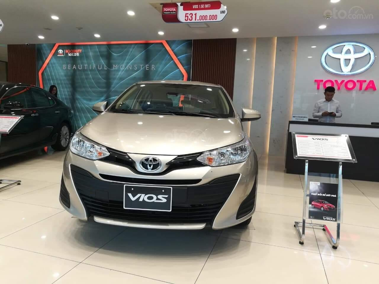 Toyota Vios bản G + E + E MT, giá cực tốt, giao xe ngay, hỗ trợ trả góp đến 85% giá trị xe (2)