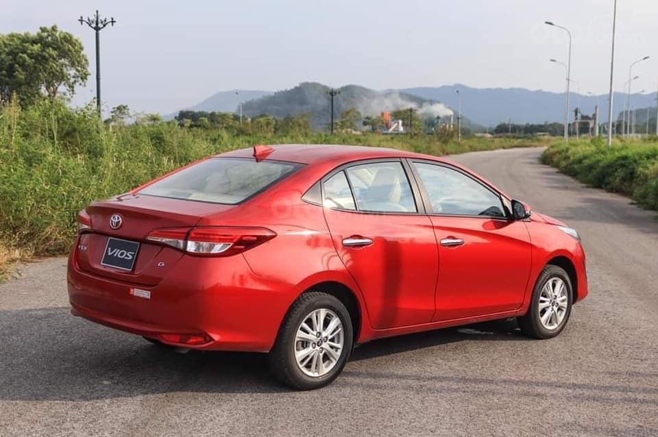 Bán Toyota Vios giá cực sốc, giao xe ngay. Hỗ trợ vay góp đến 85%-1