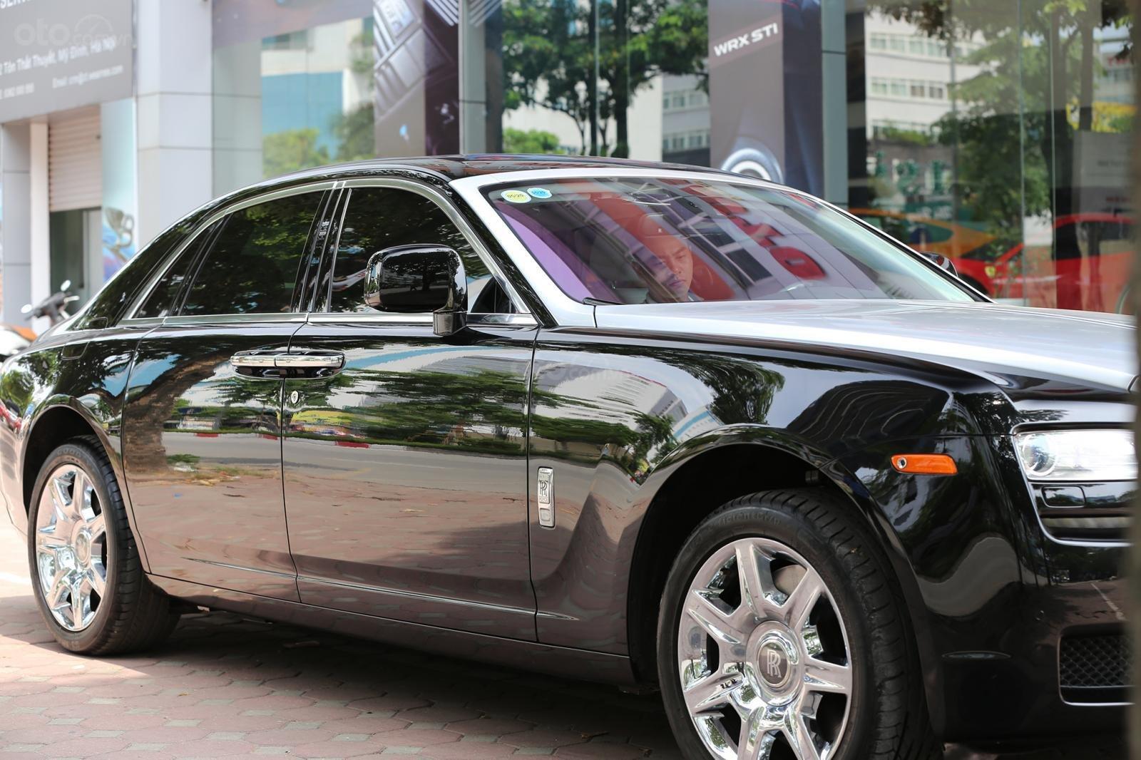 Bán Rolls-Royce Ghost Series I đời 2011, màu đen, xe nhập (4)