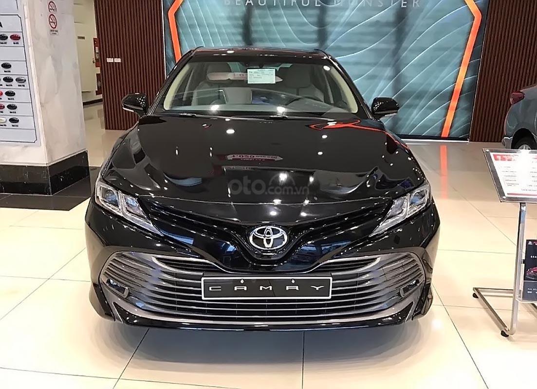 Cần bán xe Toyota Camry 2.0G sản xuất 2019, nhập khẩu Thái Lan (2)