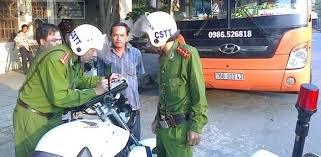 Cảnh sát trật tự có được dừng xe, xử phạt vi phạm không? 2a