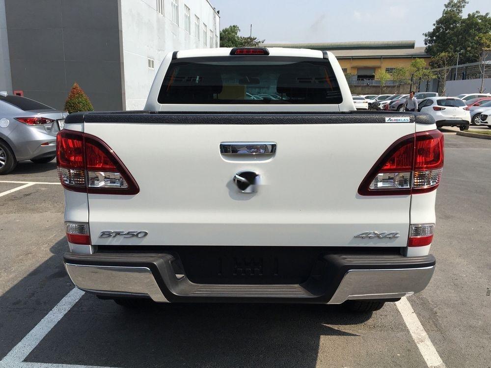 Bán Mazda BT 50 năm 2019, màu trắng, nhập khẩu nguyên chiếc, 620tr (1)