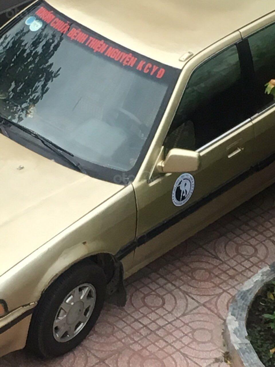 Bán ô tô Honda Accord sản xuất năm 1988, màu vàng, nhập khẩu-0