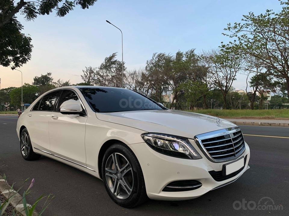 Chính chủ  bán xe Mercedes S400L đời 2017, màu trắng, xe đi ít, giá tốt-4