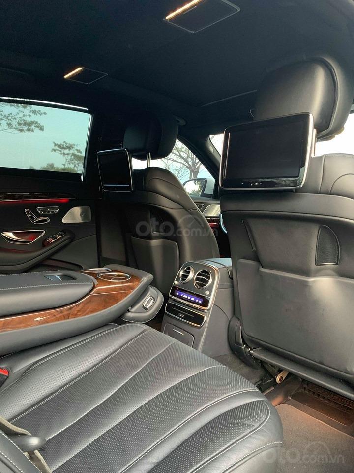 Chính chủ  bán xe Mercedes S400L đời 2017, màu trắng, xe đi ít, giá tốt-9