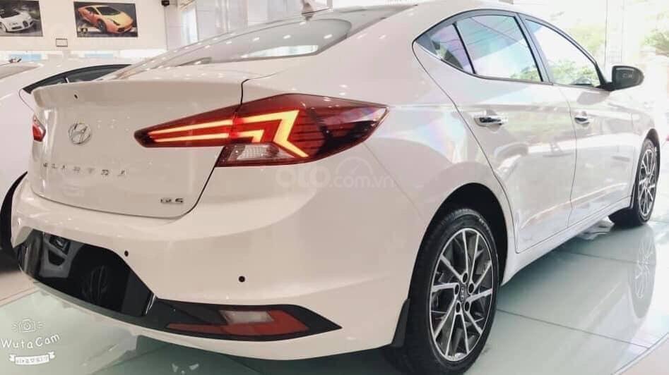 Bán Hyundai Elantra 2019, giá siêu hấp dẫn, LH 0931131394 (2)