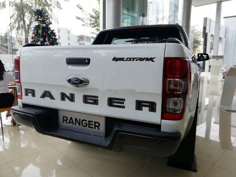 Bán ô tô Ford Ranger năm 2019, màu trắng, xe nhập (2)