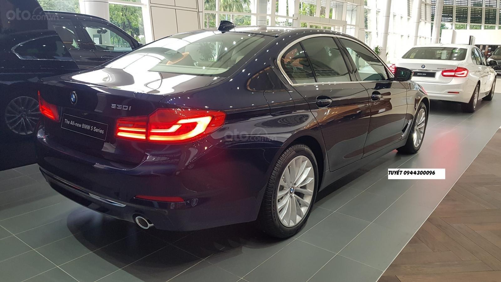 Bán BMW 530i, giảm giá 100tr, tặng BHVC, thủ tục nhanh gọn, giao xe tận nhà (4)
