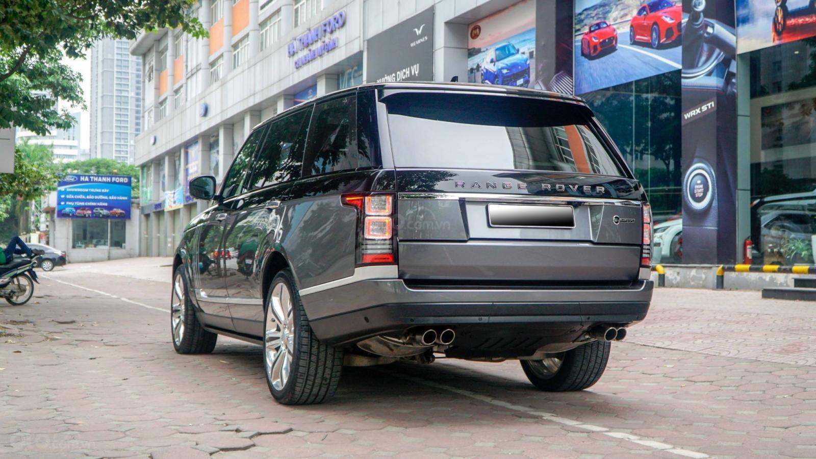 Bán LandRover Range Rover SV Autobiography 5.0 đời 2016, hai màu xám đen, lướt 1v7 km (14)
