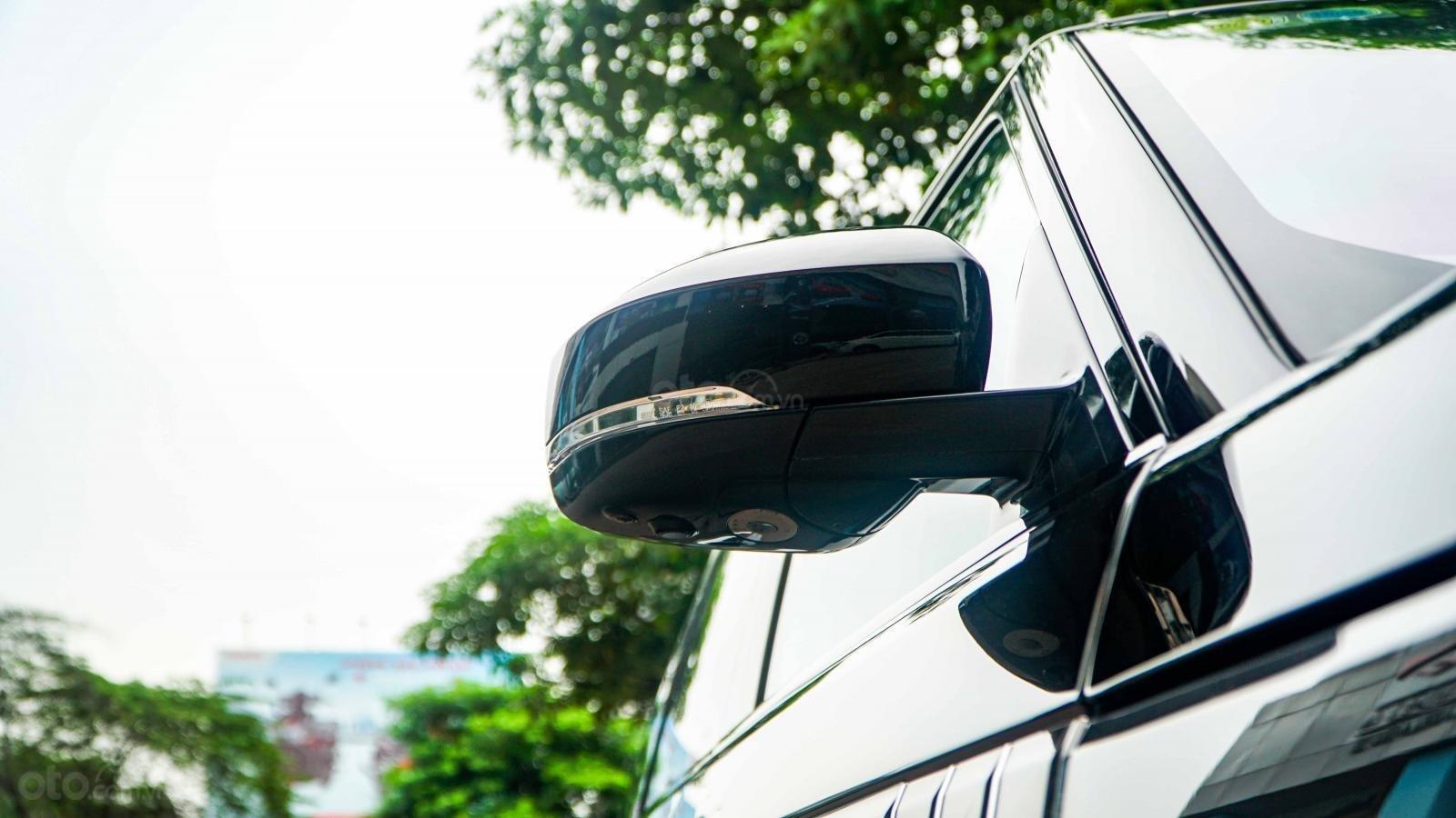 Bán LandRover Range Rover SV Autobiography 5.0 đời 2016, hai màu xám đen, lướt 1v7 km (16)