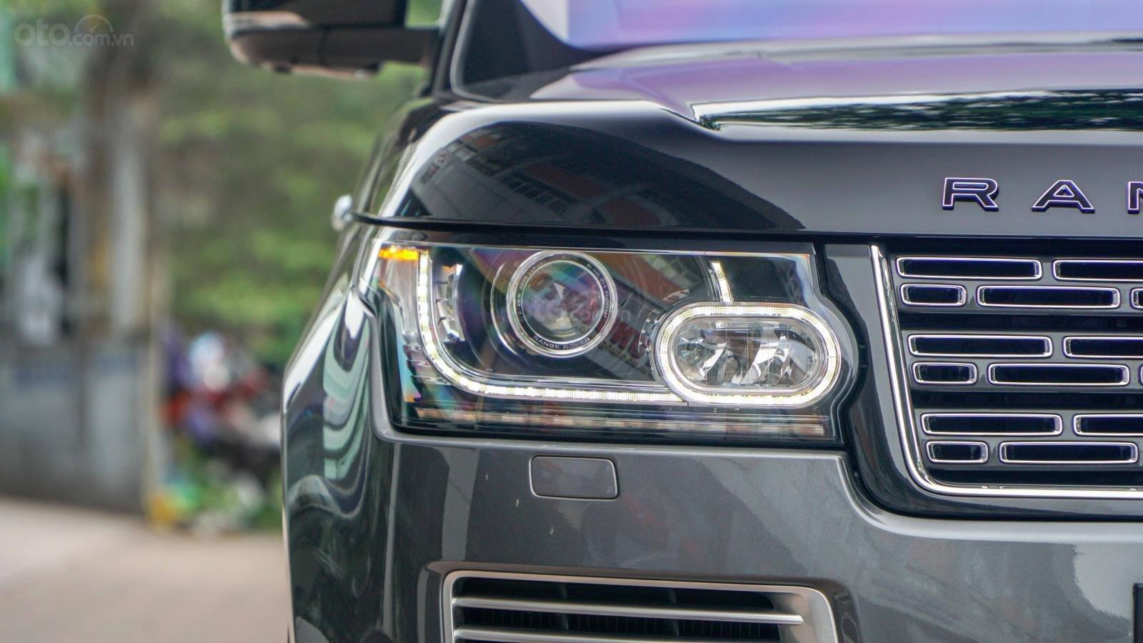 Bán LandRover Range Rover SV Autobiography 5.0 đời 2016, hai màu xám đen, lướt 1v7 km (18)
