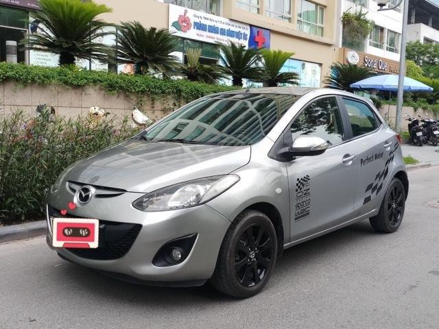 Ô Tô Thủ Đô bán xe Mazda 2 1.5L sản xuất 2013 màu bạc, 335 triệu (1)
