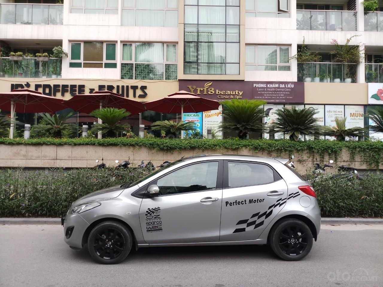 Ô Tô Thủ Đô bán xe Mazda 2 1.5L sản xuất 2013 màu bạc, 335 triệu (2)