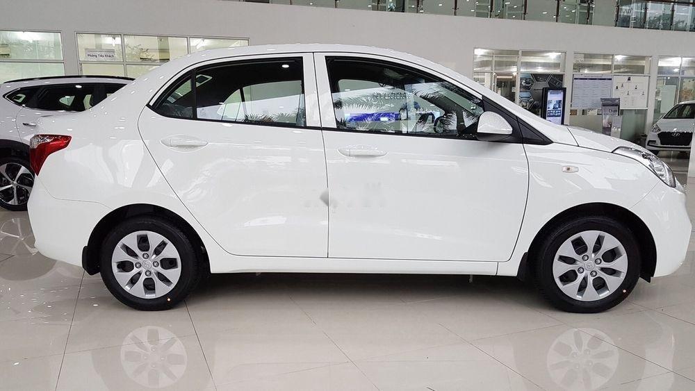 Cần bán Hyundai Grand i10 sản xuất năm 2019, màu trắng (3)