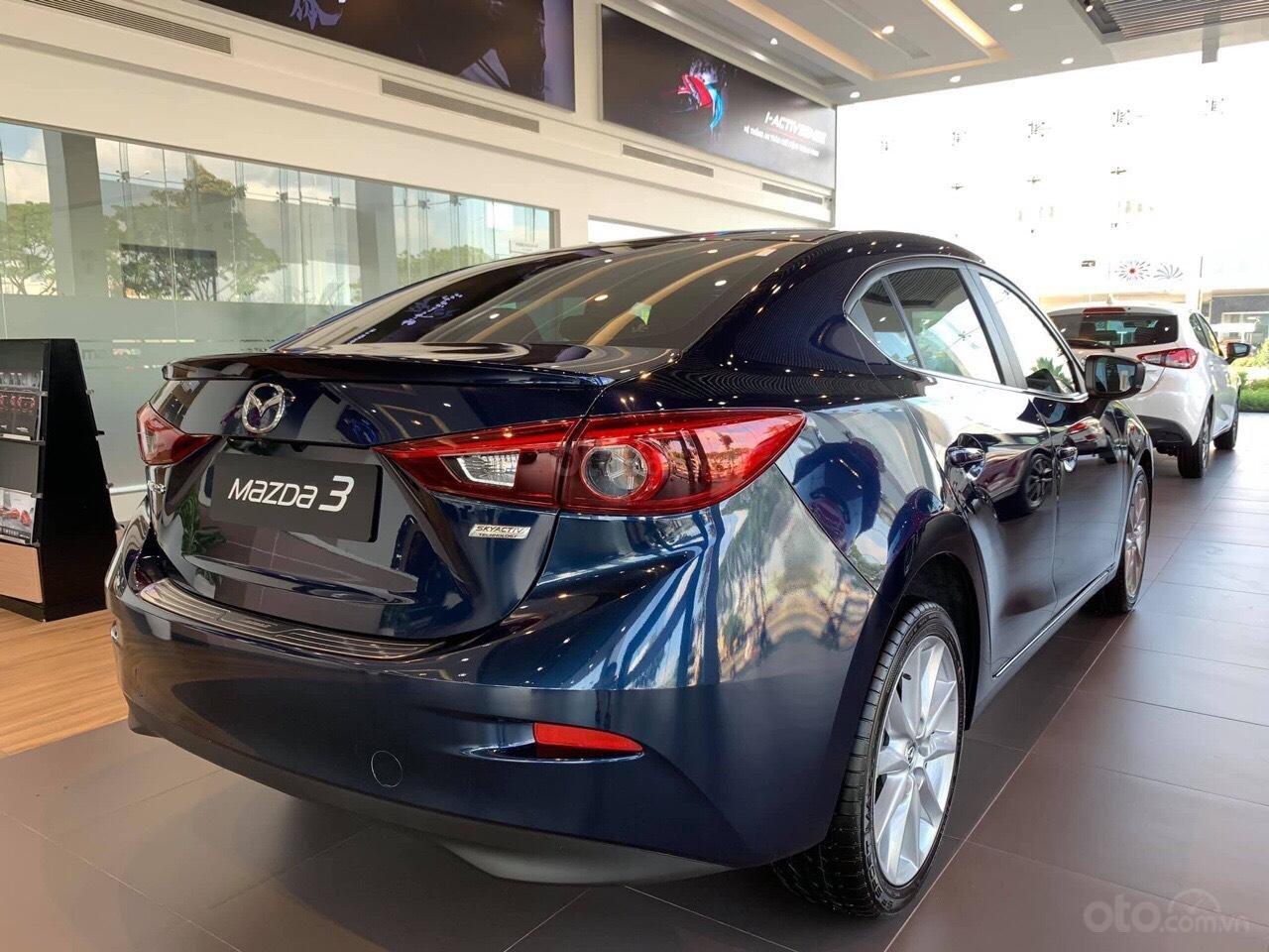 Bán xe Mazda 3 xanh đen 2019 - Tặng gói bảo dưỡng miễn phí - Hỗ trợ trả góp 80% (4)
