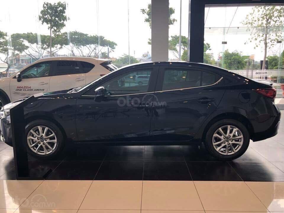Bán xe Mazda 3 xanh đen 2019 - Tặng gói bảo dưỡng miễn phí - Hỗ trợ trả góp 80% (2)