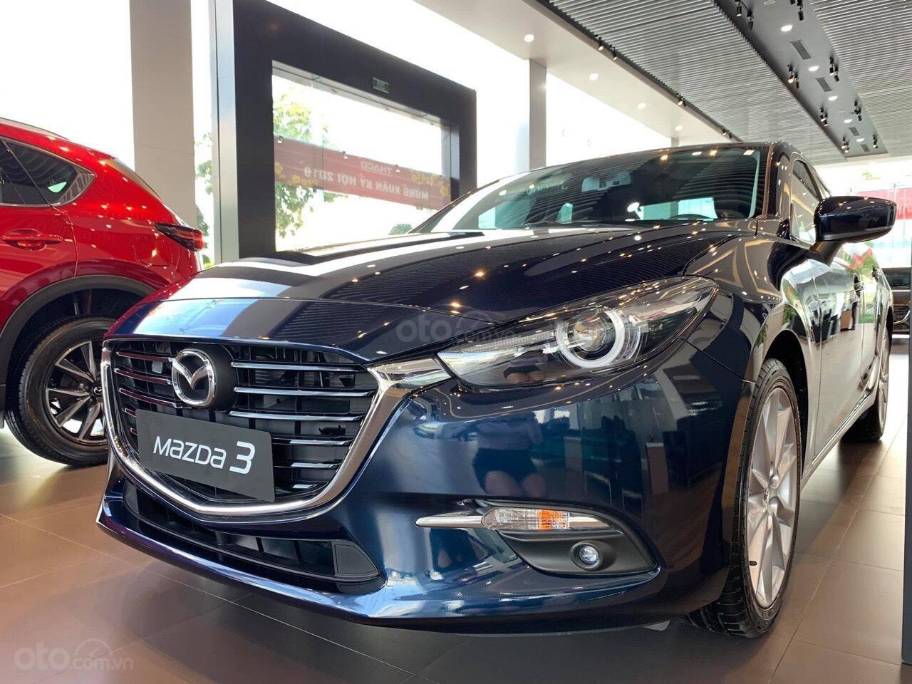 Bán xe Mazda 3 xanh đen 2019 - Tặng gói bảo dưỡng miễn phí - Hỗ trợ trả góp 80% (6)