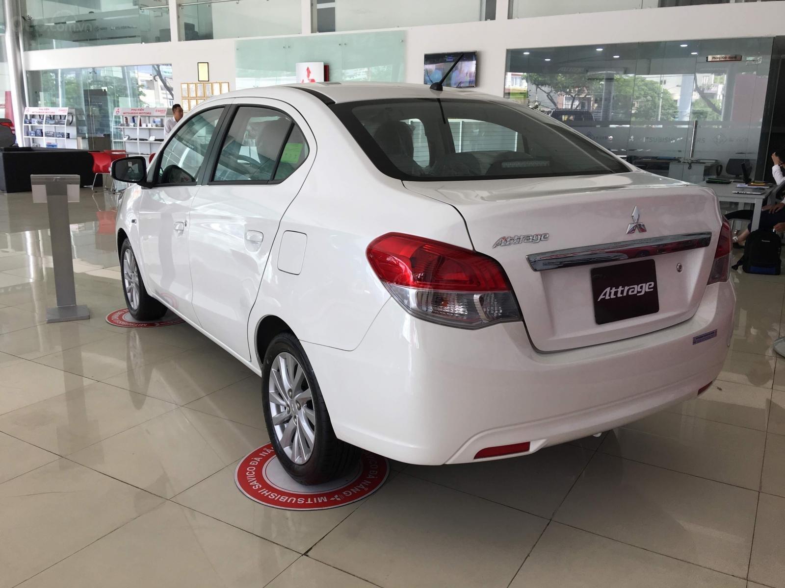Bán xe Mitsubishi Attrage MT Eco 2019, siêu tiết kiệm 4l/100km, xe nhập, LH: 0935.782.728 (4)
