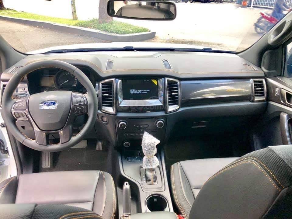Ford Ranger Wildtrak giảm 45tr tiền mặt, tặng full phụ kiện, tặng nắp thùng. Lh: 0901363466-1