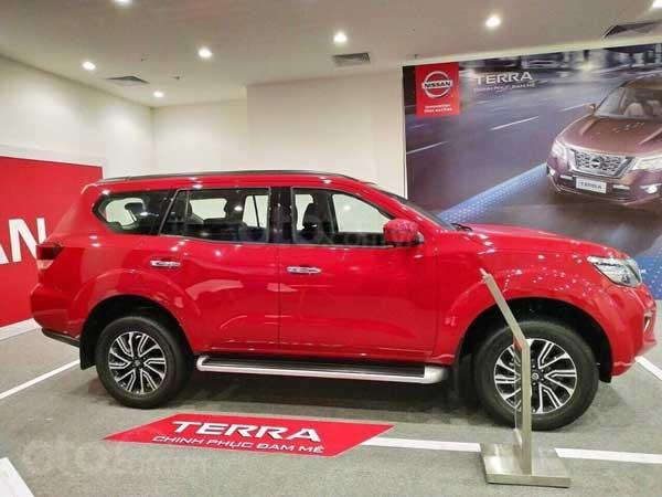 Bán xe Nissan Terra rẻ nhất Hà Nội-1