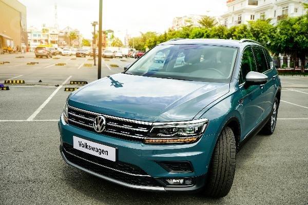 VW Tiguan Allspace Luxury 2019 - Đủ màu giao ngay. Hotline: 090-898-8862-0
