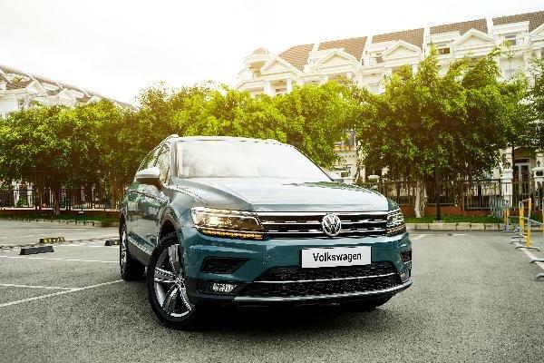 VW Tiguan Allspace Luxury 2019 - Đủ màu giao ngay. Hotline: 090-898-8862-15