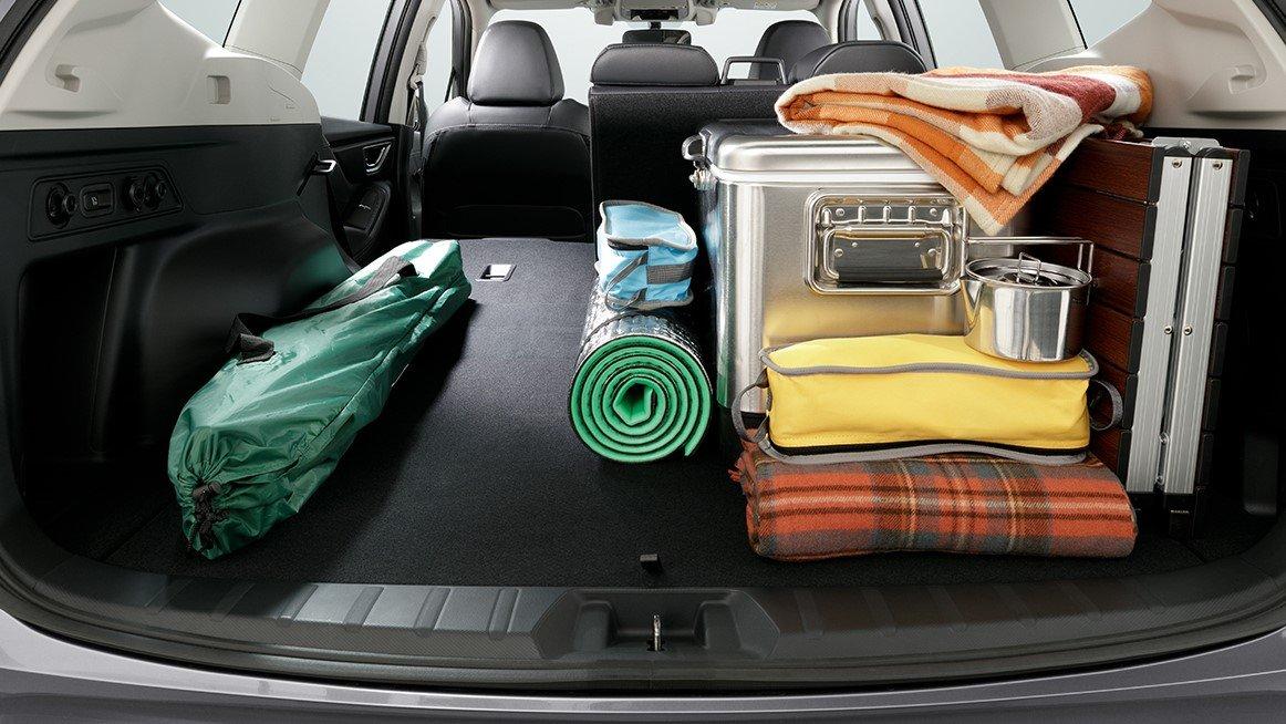 So sánh xe Subaru Forester 2019 và Honda CR-V 2019: Khoang hành lý của Forester 1