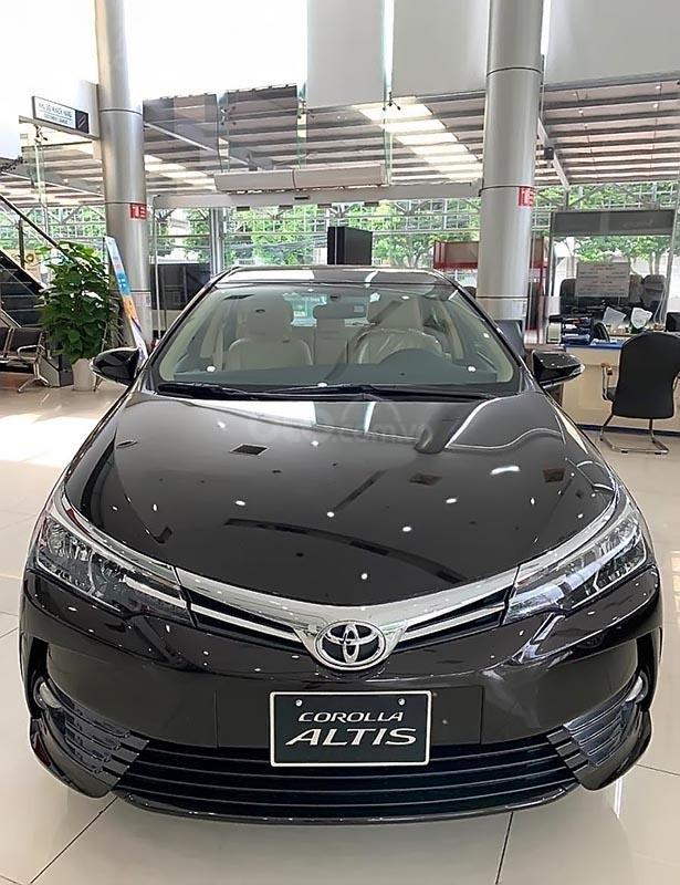 Bán Toyota Corolla Altis 2019, màu nâu, 721 triệu (1)