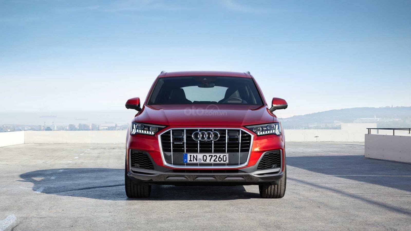 Đầu xe Audi Q7 2020.