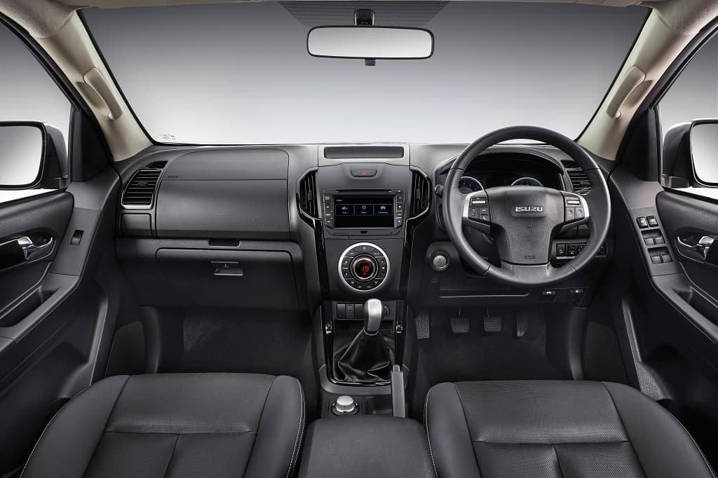 Nội thất Isuzu D-Max V-Cross Z-Prestige