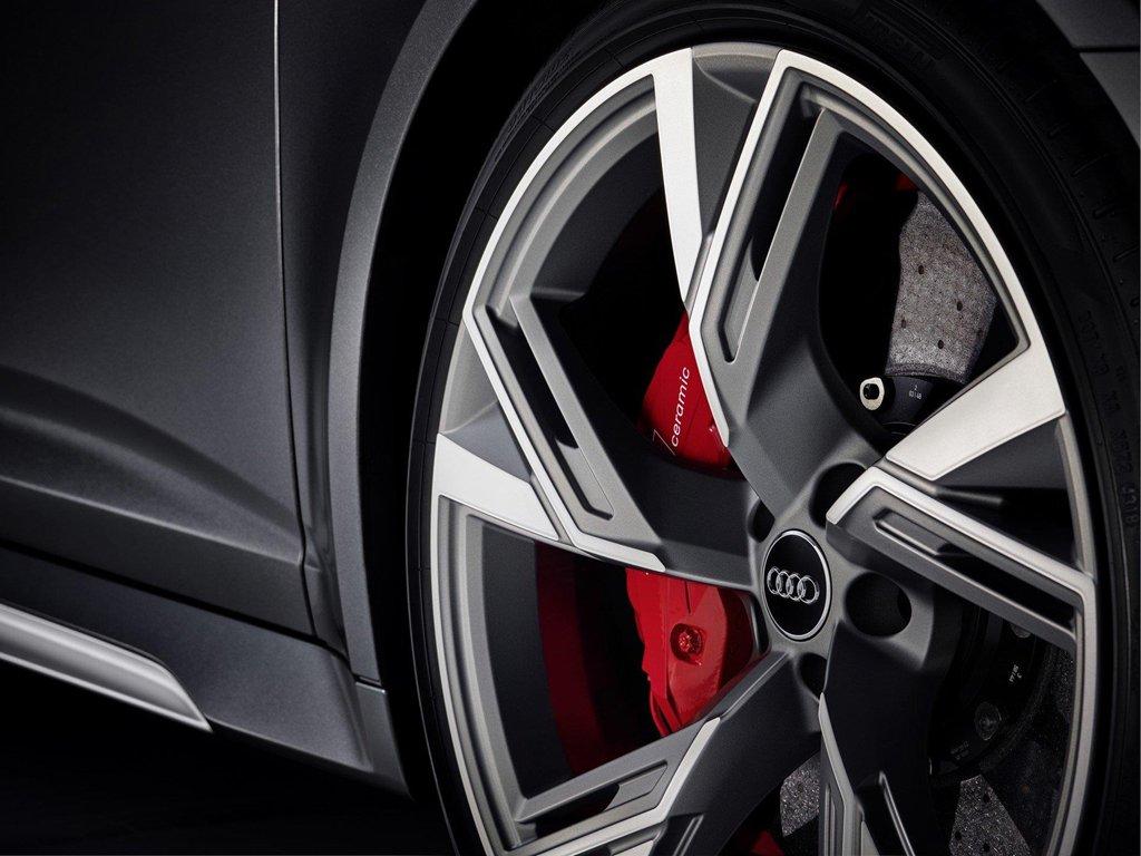 Audi RS 6 Avant 2020 chuẩn bị trình làng, khoe trọn khả năng vận hành mạnh mẽ a3